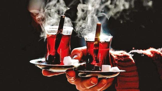 Çok sıcak çay kanseri tetikliyor