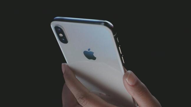 iPhone'un yeni modeli için 2 ilginç iddia ortaya atıldı