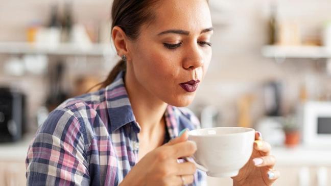Sıcak bir şeyin ardından soğuk su içmek kanseri tetikliyor