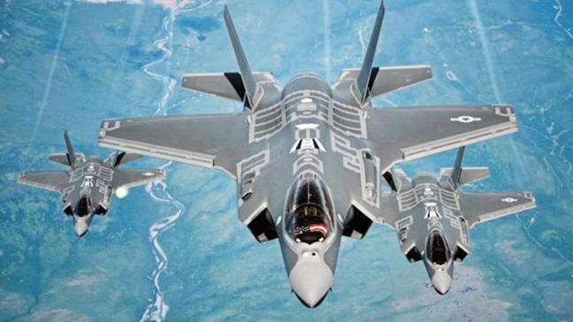 F-35 eğitimde kendini vurdu