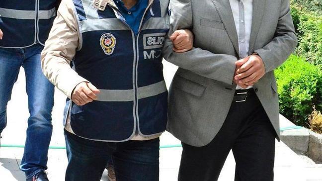 İzmir merkezli FETÖ operasyonu... 41 şüpheli tutuklandı