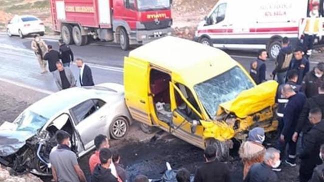Şırnak'ta trafik kazası... Ölü ve yaralılar var