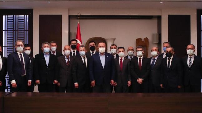 Dışişleri Bakanı Çavuşoğlu Tacik iş insanlarıyla görüştü