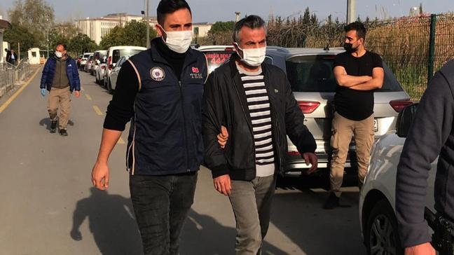 Adana'da FETÖ'ye şafak operasyonu: 5 şüpheli gözaltında