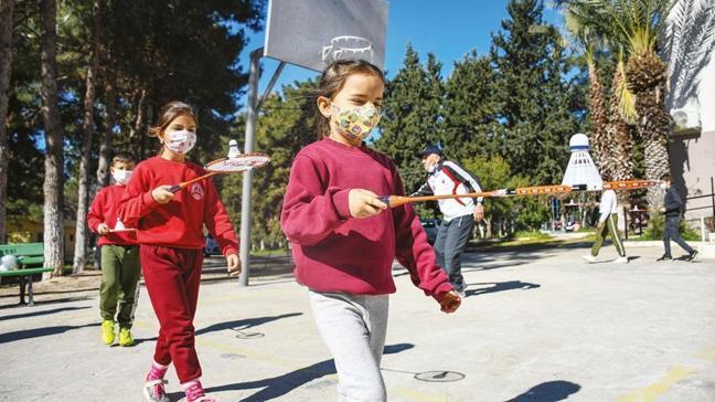 Uzmanlar uyardı! 'Virüs çocukları kalpten vuruyor'