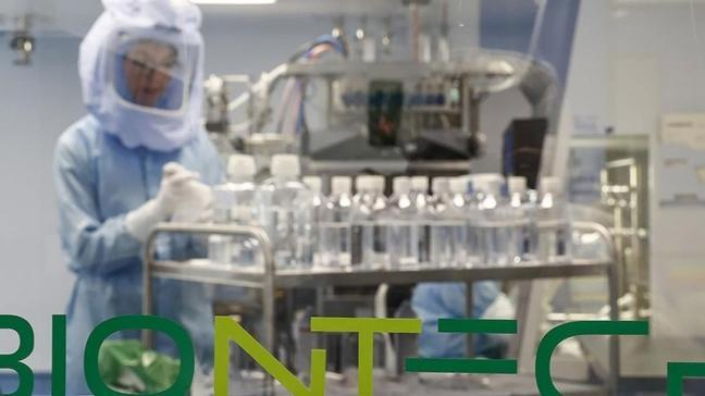 Doç. Dr. Ümit Savaşçı: BioNTech, Çin aşısına göre %10 fazla koruyor