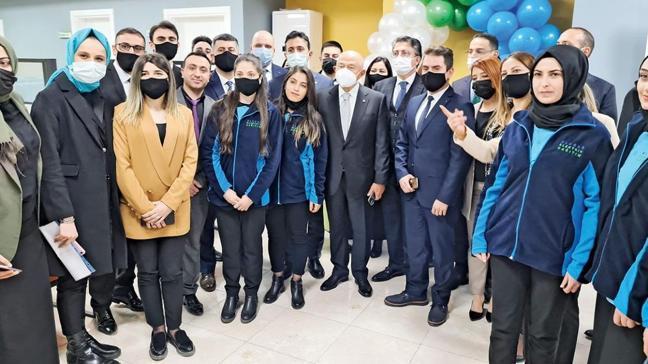 Limak'tan çağrı merkeziyle Kars'ta 200 kişiye istihdam