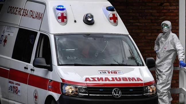 İtalya'da koronavirüs salgınında can kaybı sayısı 110 bini geçti
