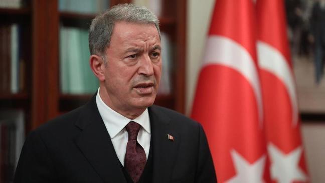 Bakan Akar'dan skandal bildiriye sert tepki: Demokrasimize zarar vermekten başka bir işe yaramaz