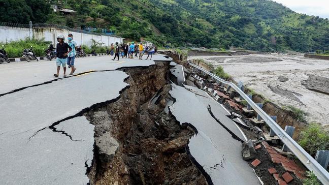 Endonezya ve Doğu Timor'da sel ve heyelandan hayatını kaybedenlerin sayısı 155'e yükseldi