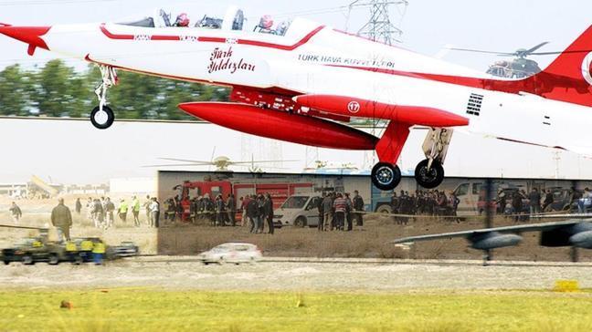 """Uçağın kırıma uğraması ifadesi ne demek, nasıl olur"""" Kaza kırıma uğramak nedir"""""""