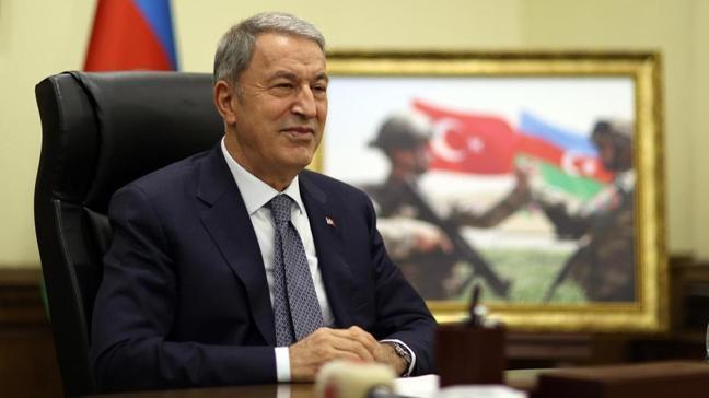 Milli Savunma Bakanı Akar, Azerbaycan Savunma Bakanı ile görüştü