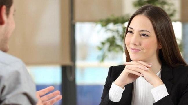 Karşınızdakini ilk görüşmede etkilemenizi sağlayacak 3 altın kural!