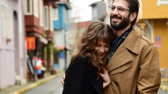 Evlilik haberi beklenirken ayrıldılar... Çukur'un Efsun'u Damla Sönmez ve Ushan Çakır birlikteliklerini noktaladı
