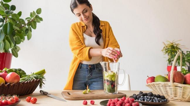 Uzmanlar uyardı: Sıvı diyet değil, detoks yapın