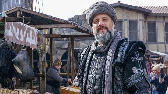 Kuruluş Osman'ın Dündar Bey'i Ragıp Savaş'tan itiraf: Veda sahnesinde çok ağladık