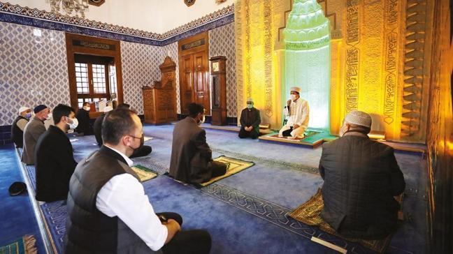 Her camiden Kur'an-ı Kerim sesi yükseliyor