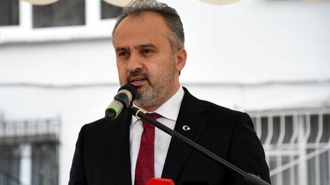 Bursa Büyükşehir Belediye Başkanı Alinur Aktaş'ın Kovid-19 tedavisi hastanede sürüyor