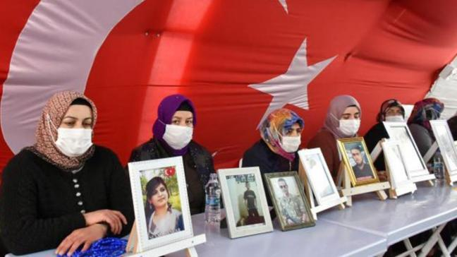 Diyarbakır anneleri 23 Nisan'ı buruk karşılıyor