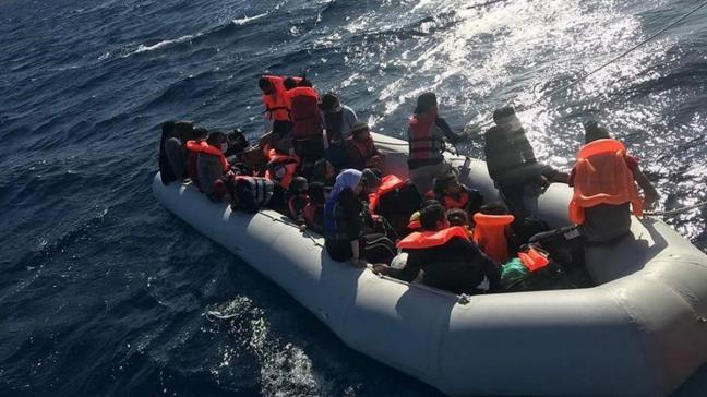 Yunanistan unsurlarınca geri itildiler... 64 sığınmacı kurtarıldı