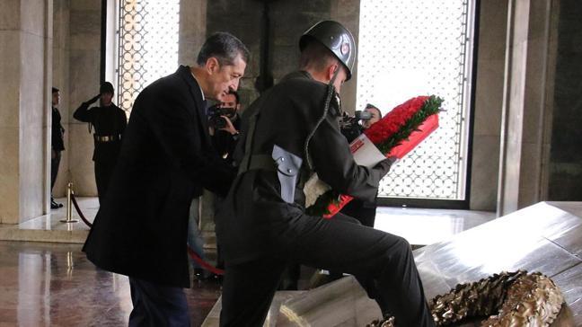 Anıtkabir'de 23 Nisan töreni: Bakan Selçuk'tan Anıtkabir ziyareti