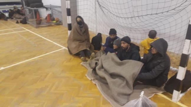 Sürüklenen bottaki 55 kaçak göçmen Sahil Güvenlik ekipleri tarafından kurtarıldı