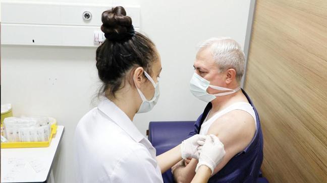 Aşı olan da süper bulaştırıcı olabilir