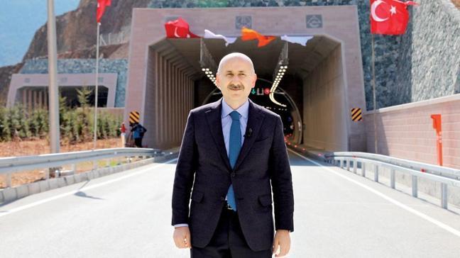 Bakan Karaismailoğlu: Kanal İstanbul ticarette rotayı Türkiye'ye çevirecek