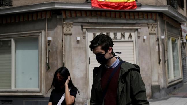 İspanya'da 22 kişiye kasıtlı olarak koronavirüs bulaştıran kişiye gözaltı