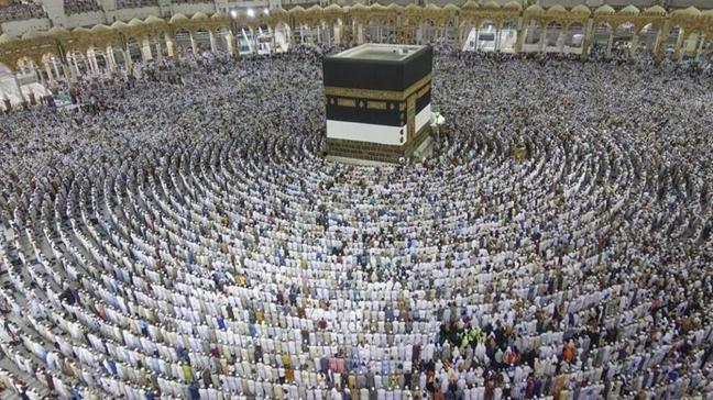 Ramazan ayının ilk on gününde Mescid-i Haram... 1 buçuk milyon kişi ziyaret etti