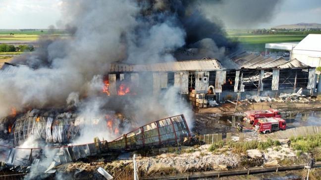 Osmaniye'de fabrikada yangın