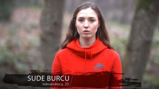 """Sude Burcu nereli, kaç yaşında"""" Survivor 2021 yarışmacısı Sude Burcu kimdir, elendi mi"""""""