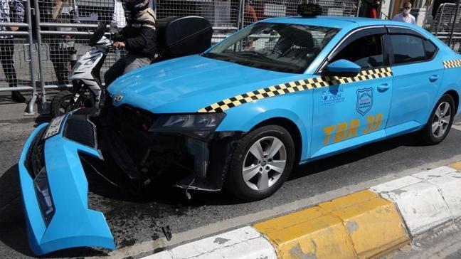 Çekici taksiyi düşürdü şoför çılgına döndü