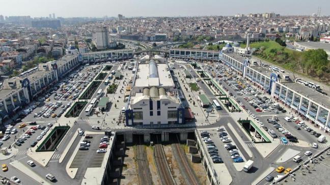 Otogarda yoğunluk arttı: Son gün kaçış sürüyor