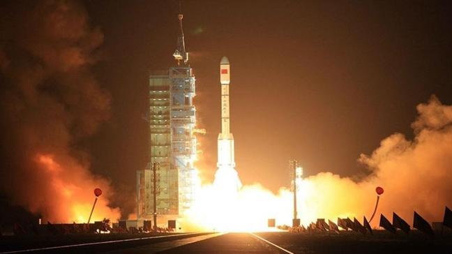 """Çin'den uydu hamlesi... """"Yaogan-34""""ü uzaya fırlattı"""