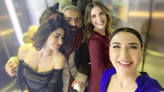 Yasak Elma setinde büyük gerilim... Eda Ece'den Nesrin Cavadzade açıklaması