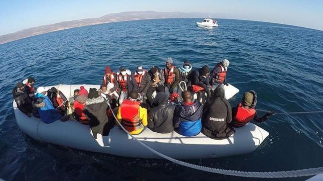 Yunanistan tarafından geri itildiler... 56 sığınmacı kurtarıldı