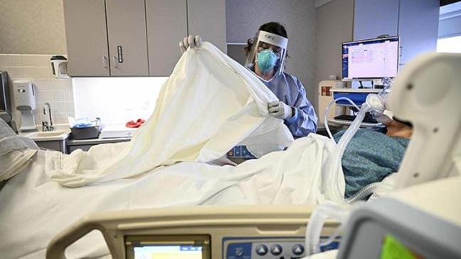 Mısır'da 5 günde koronavirüsten 18 doktor hayatını kaybetti