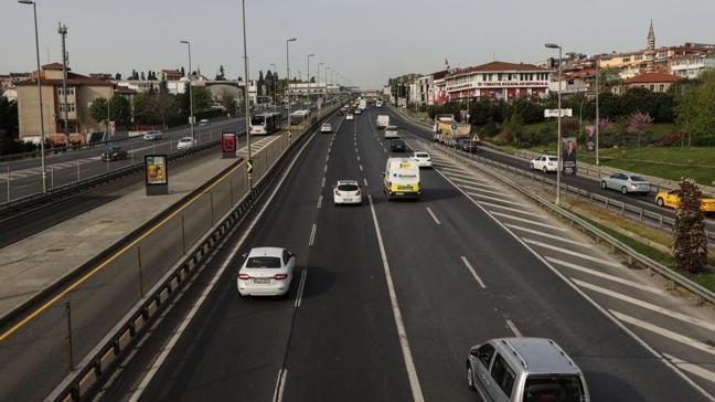Bu sabah İstanbul...Tam kapanma ile trafik azaldı