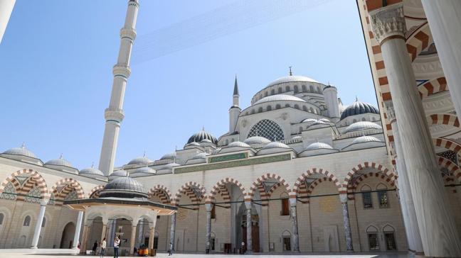 Büyük Çamlıca Camisi'ni 12 milyon kişi ziyaret etti