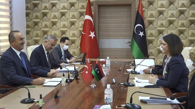Çavuşoğlu ve Akar Libya'da