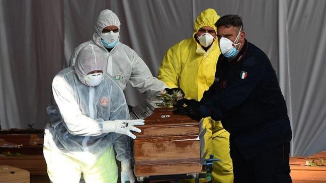 İtalya'da koronavirüste can kaybı sayısı 121 bini geçti