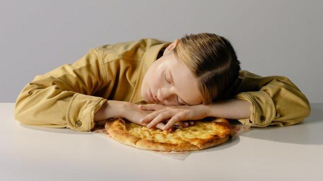 Rüyada lezzetli yemek müjdeye, kötü yemek hayırlı olmayana işaret! İşte rüyada oruç bozmanın anlamı