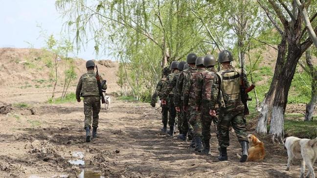 Azerbaycan'dan Ermanistan'a asker iadesi