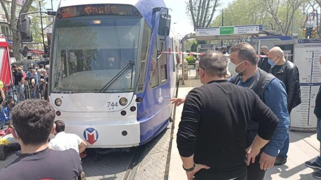 İstanbul'da bir kişiye tramvay çarptı