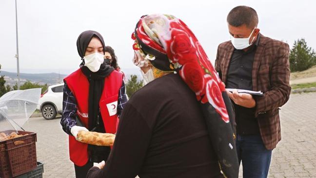 Kızılay'dan 14 bin kişiye Ramazan yardımı