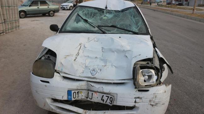 Adana'da trafik kazası... 8 kişi yaralandı