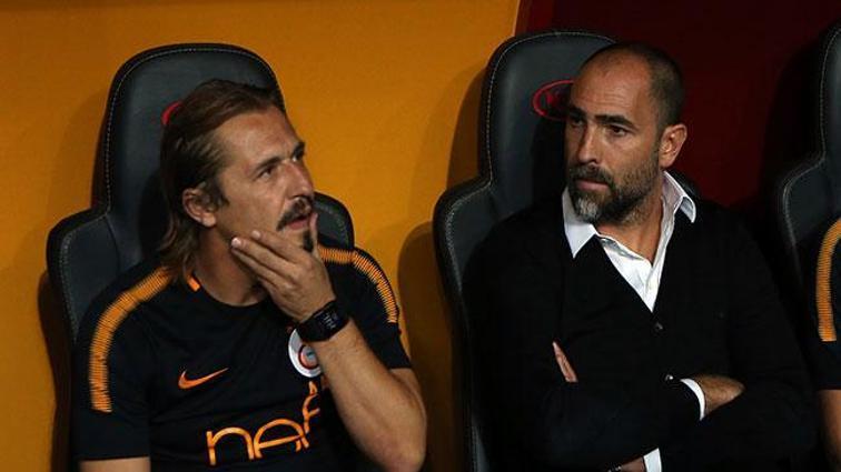 Ayhan Akman: Sneijder'in gönderilmesi doğru karardı