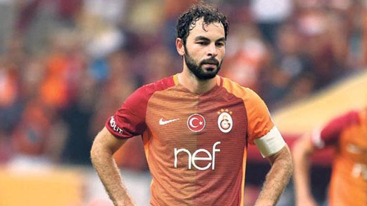 Galatasaray'da dev kriz! Cezalı Fernando'nun yanına sakat Selçuk İnan'da eklendi