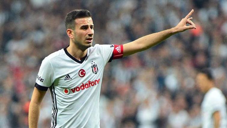 Oğuzhan Özyakup'un menajeri Kees Vos, Beşiktaş yönetimine 'elinizi çabuk tutun' uyarısı yaptı